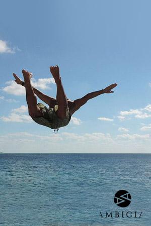 Скок в океана