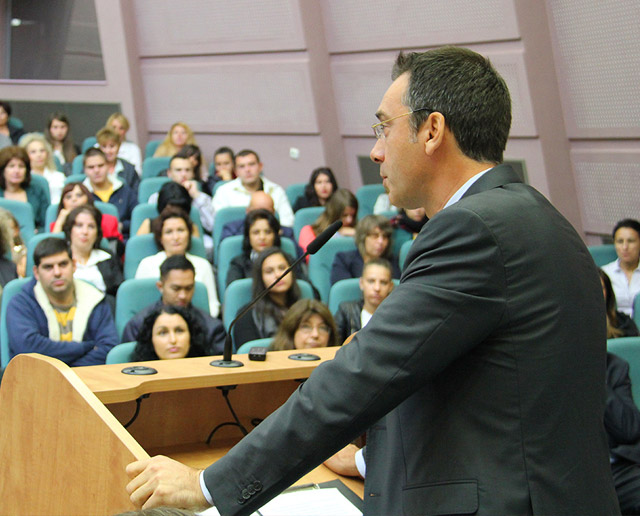 Dimitar Nikolov opened a new school year at the Burgas Free University