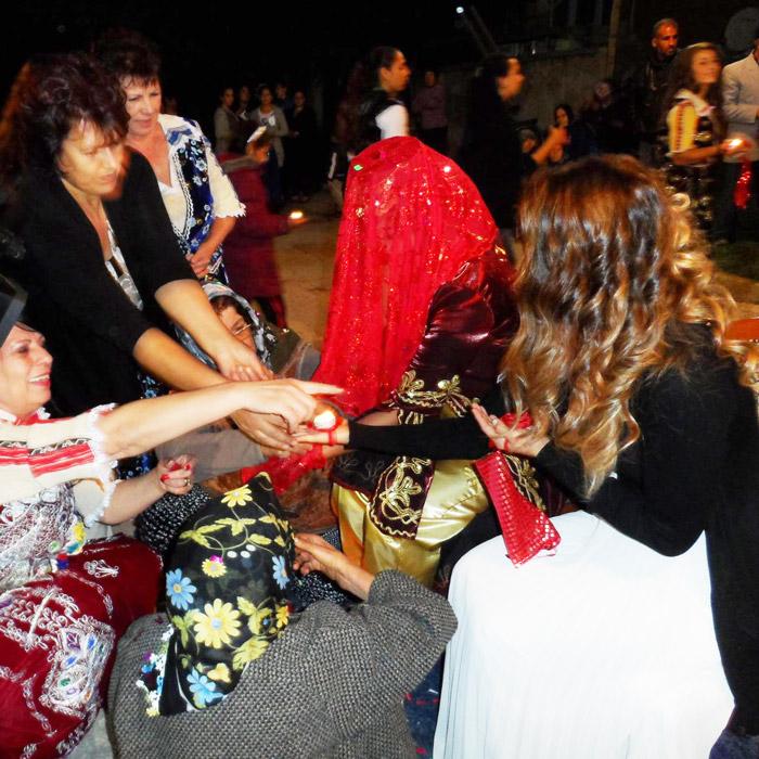 къносване на булката на турска сватба