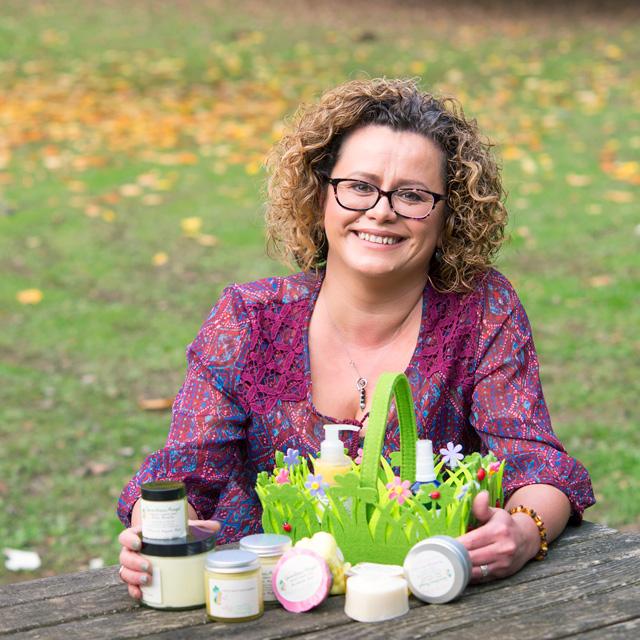 Даниела Джеймс, производител на натурална козметика