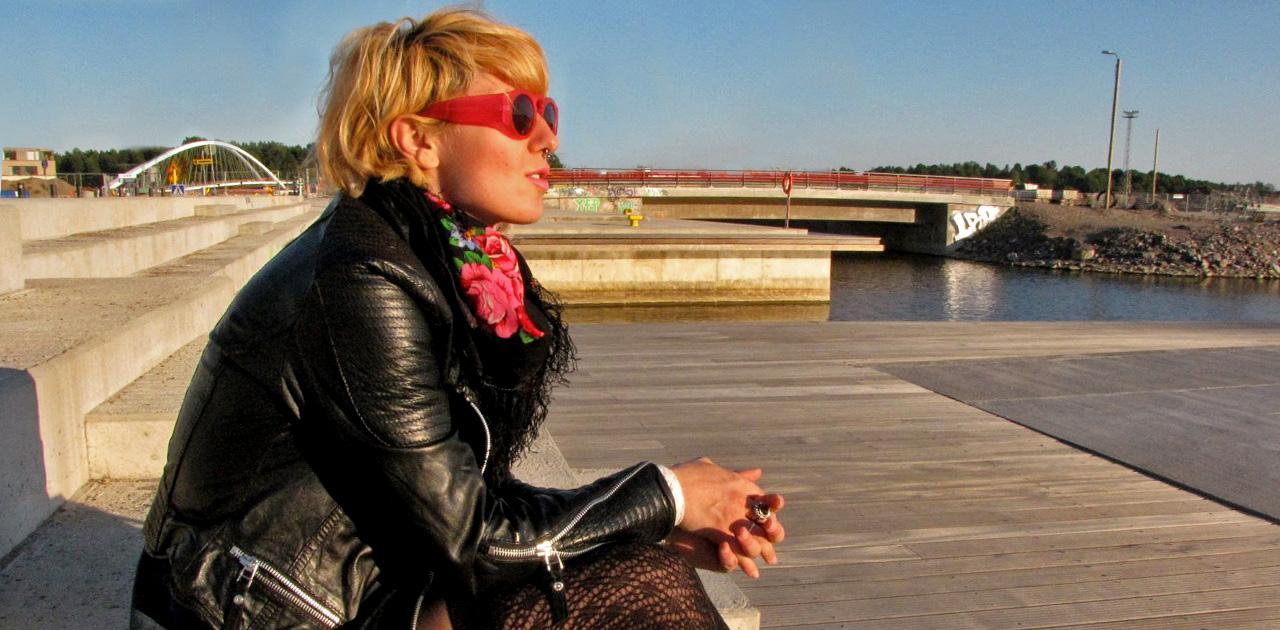 Анета Ацова българи в чужбина