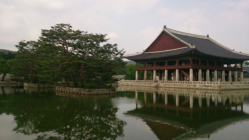 храм в япония
