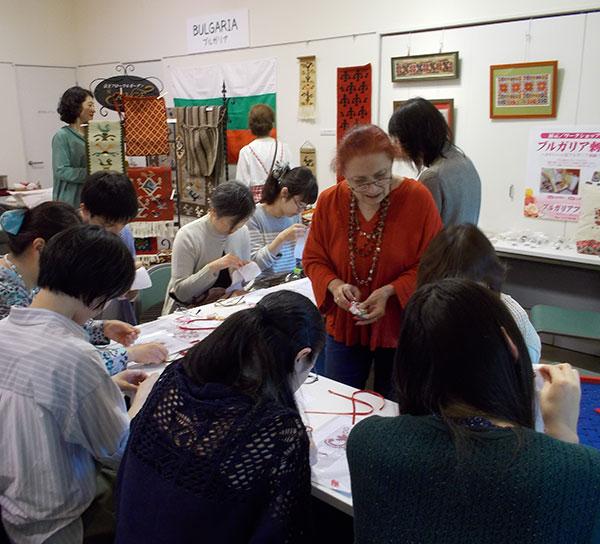 Българи в Япония