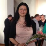 Нина Каменова с български справочник в Мюнхен