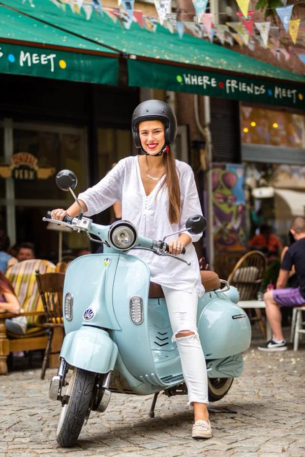 скутер за жена