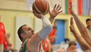 Български баскетбол в колички