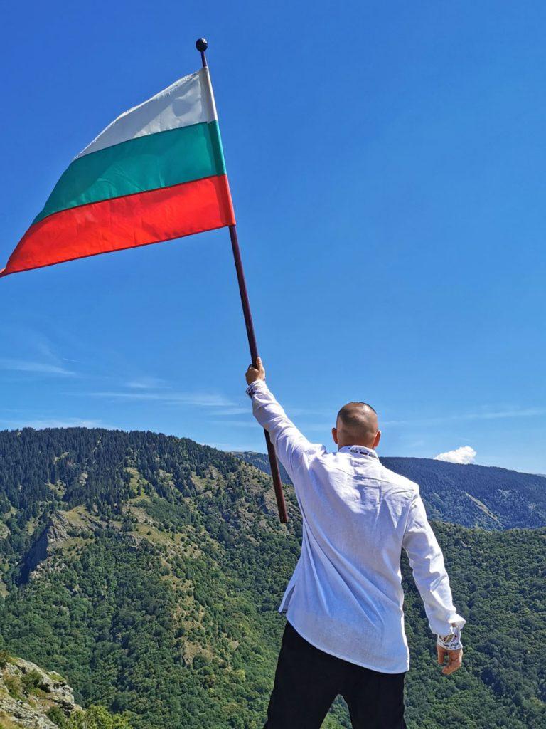 Български революционер